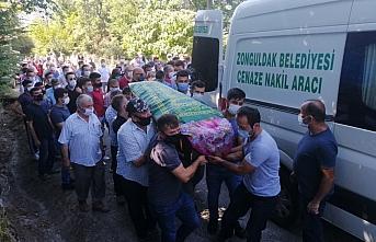 Karabük'teki trafik kazasında ölen anne ve iki...