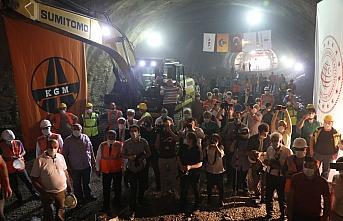 Salarha Tüneli'nde ışık göründü