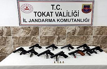 Tokat'ta silah kaçakçılığı operasyonunda yakalanan...