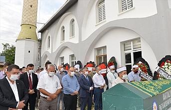 Zonguldak Valisi Tutulmaz'ın babasının cenazesi Antalya'da toprağa verildi