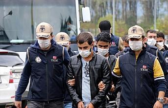 Düzce'de DEAŞ operasyonunda yabancı uyruklu 7 kişi...