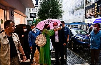 Eski CHP Milletvekili Muharrem İnce, Trabzon'da esnafı...