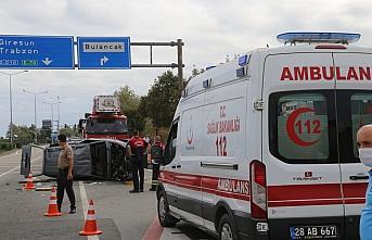 Giresun'da beton mikseri otomobile çarptı: 5 yaralı