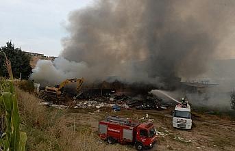 GÜNCELLEME - Tokat'ta bir AVM'de çıkan yangın kontrol altına alındı