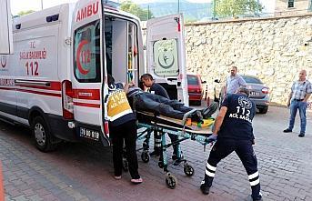 Karabük'te otomobilin çarptığı kişi yaralandı
