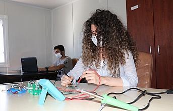 Kastamonu'da üniversiteli öğrenciler bilim ve teknolojiyle...