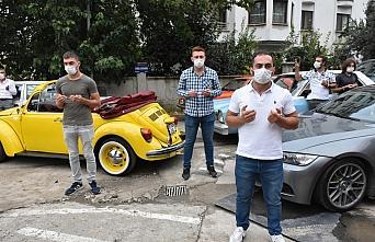 Kovid-19 hastaları için dua edip sağlık çalışanları için konvoy düzenlediler