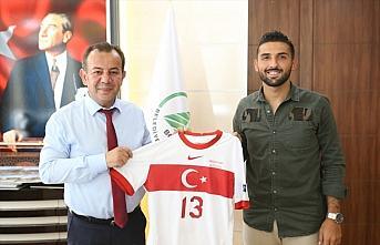 Milli futbolcu Umut Meraş'tan Bolu Belediye Başkanı...
