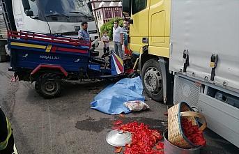 Ordu'da kamyonla tarım aracı çarpıştı: 1 ölü, 2 yaralı