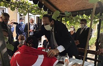 SMDK Başkanı Nasır el-Hariri'den Türk Kızılay...