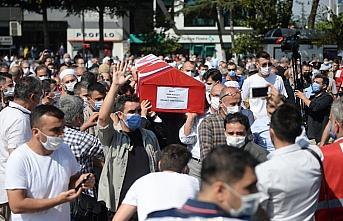 Suriye'de şehit olan Türk Kızılay personeli Arif...