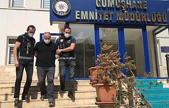 Trabzon'da saklandığı evde yakalanan FETÖ'nün...