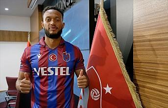 Trabzonspor'da yeni transferler için imza töreni...