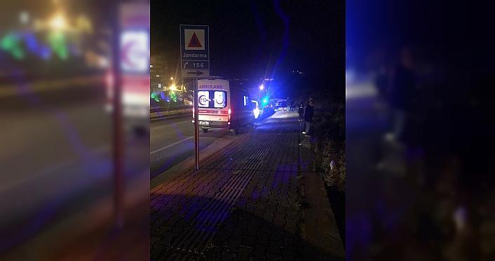 Zonguldak'ta kayalıklara sıkışan kişi kurtarıldı