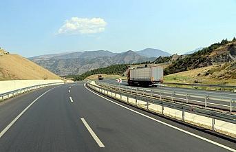 Amasya çevre yolu şehir trafiğini rahatlattı, şehirler arası seyahat süresini kısalttı