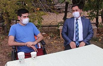 Amasya Valisi Masatlı gazi astsubayı ziyaret etti