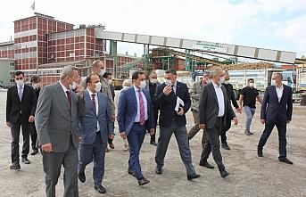 Amasya Valisi Mustafa Masatlı şeker fabrikasında...