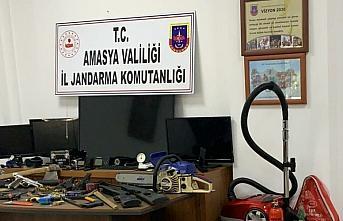 Amasya'da suçüstü yakalanan 3 hırsızlık şüphelisi tutuklandı