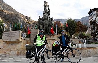 Atatürk'e saygı için Samsun'dan Ankara'ya pedal...
