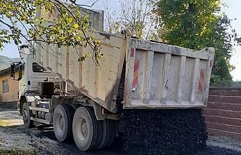 Bartın'da köy yollarında asfalt çalışmaları