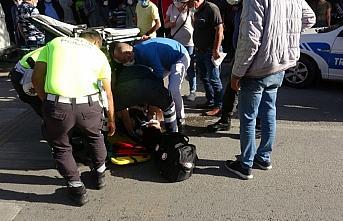 Çorum'da geri manevra yapan aracın çarptığı kadın yaralandı