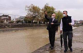 Düzce'deki Asar Suyu Deresi'nde peyzaj çalışmaları