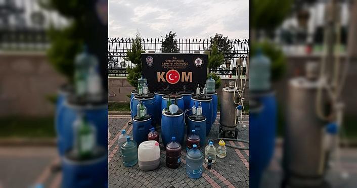 Giresun'da bin 60 litre sahte içki ele geçirildi