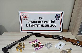 GÜNCELLEME - Zonguldak'ta yakalanan iki uyuşturucu şüphelisi tutuklandı
