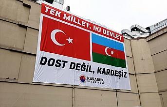 Karabük'ten Azerbaycan'a bayraklı ve pankartlı destek