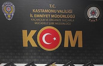 Kastamonu'da silah kaçakçılığı operasyonunda 2 şüpheli tutuklandı