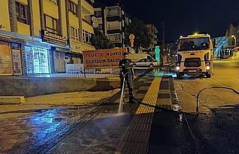 Keçiören'in sokakları Kovid-19'a karşı haftada en az bir kez yıkanıyor