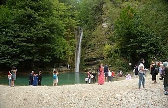 """""""Mutlu şehir"""" Sinop'ta sezonunun uzaması turizmcileri memnun ediyor"""