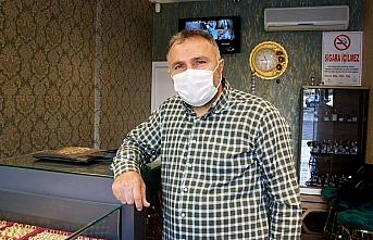 Samsun'da kuyumcudan bilezik çalan kişi yakalandı