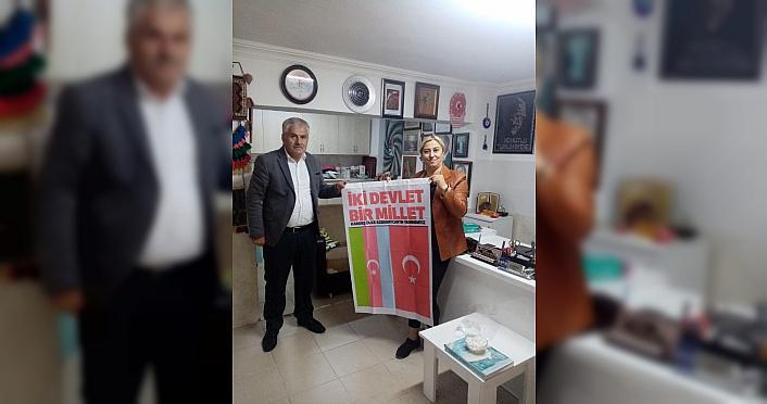 Samsun'da muhtarlara Azerbaycan bayrakları dağıtıldı