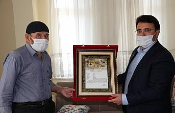 Şehit Yüzbaşı Mahmut Top'un Samsun'daki ailesine
