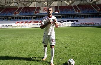 Trabzonspor, Vitor Hugo ile 4 yıllık anlaşma sağladı