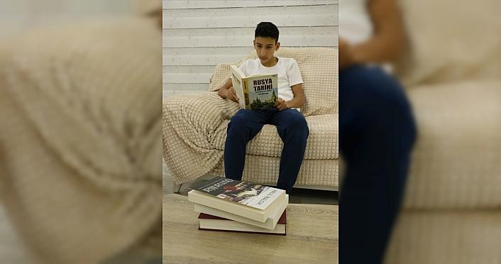 Ünlülerin desteklediği Okuma Vakti projesinde hedef 1 milyon kitap