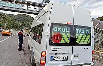 Zonguldak'ta Kovid-19 tedbirlerine uymayan 5 kişiye...