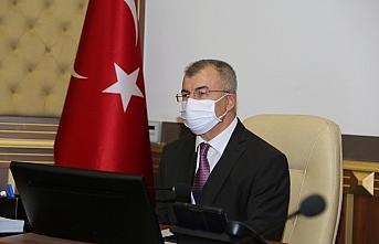 Artvin Valisi Doruk, esnafı koronavirüs tedbirleri konusunda uyardı