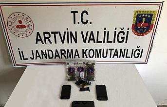 Artvin'de uyuşturucu operasyonunda 5 kişi tutuklandı