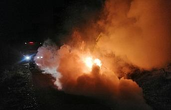 Bolu'da seyir halindeki otomobil yandı