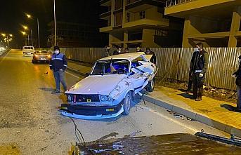 Çarşamba'da iki otomobil çarpıştı: 1 yaralı