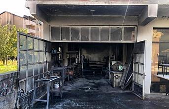 Çaycuma'da iş yeri yangını