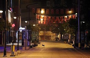 Doğu Marmara ve Batı Karadeniz'de sokağa çıkma kısıtlamasının başlamasıyla sokaklar boş kaldı