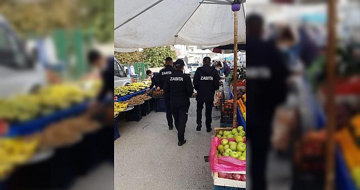 Düzce'de semt pazarında koronavirüs denetimi yapıldı