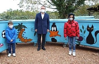 Fatsa Belediyesi, çöp konteynırlarını renklendirdi
