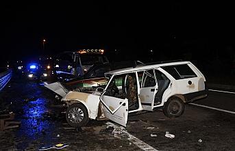 Giresun'da kamyonet ile otomobil çarpıştı: 2 ölü, 2 yaralı