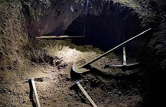 Gümüşhane'de izinsiz kazı yaparken yakalanan 6...