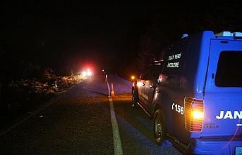 Şarampole devrilen otomobildeki 1 kişi öldü, 4 kişi yaralandı