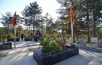 Şehit öğretmen Aybüke Yalçın, Çorum'daki mezarı başında anıldı